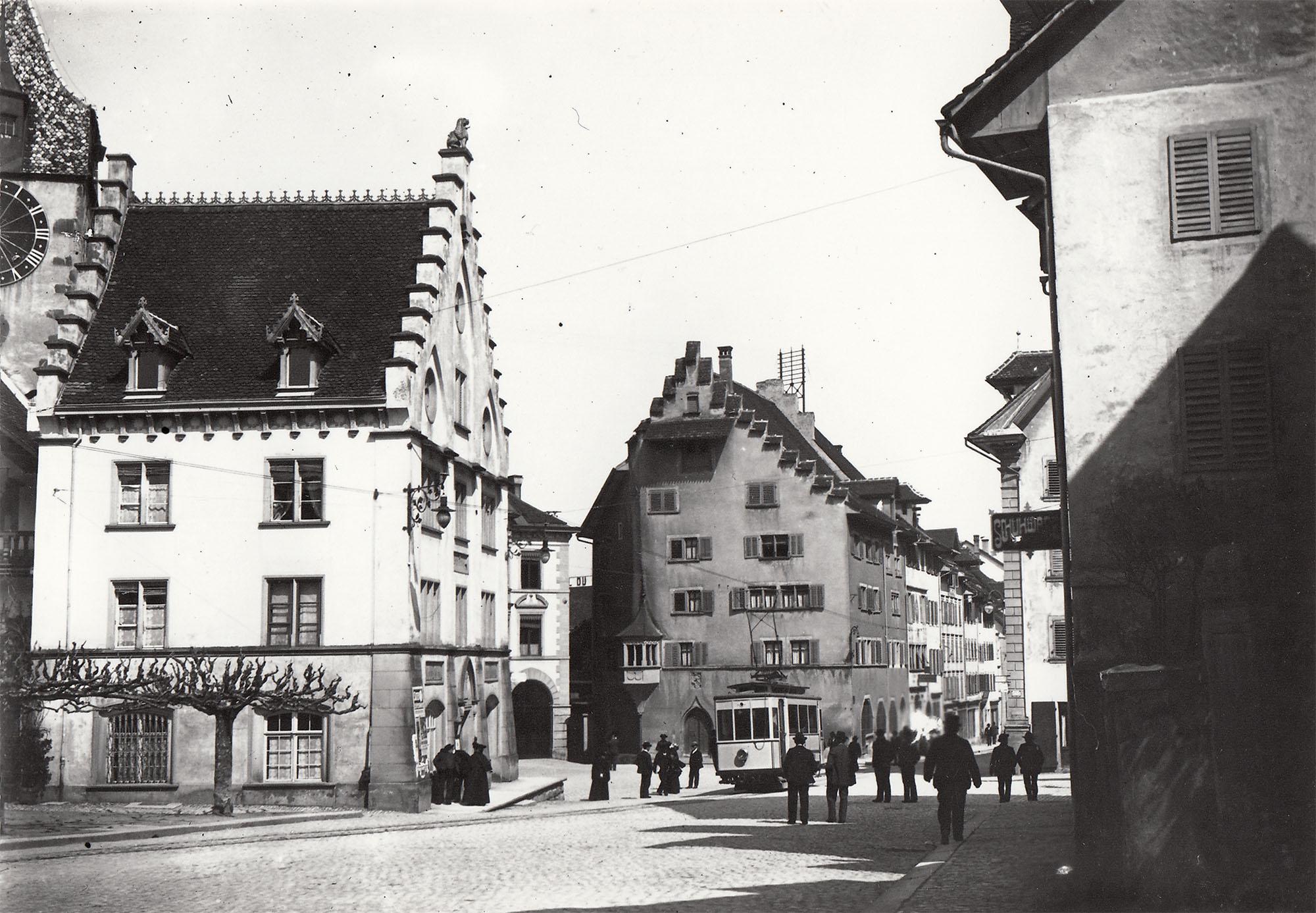 Kolinplatz mit Strassenbahn