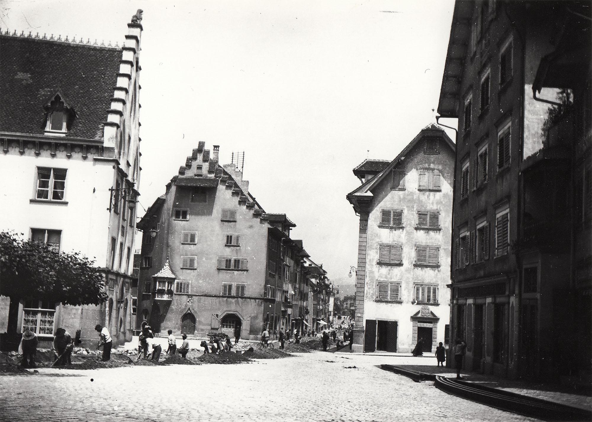 Verlegung der Gleise auf dem Kolinplatz