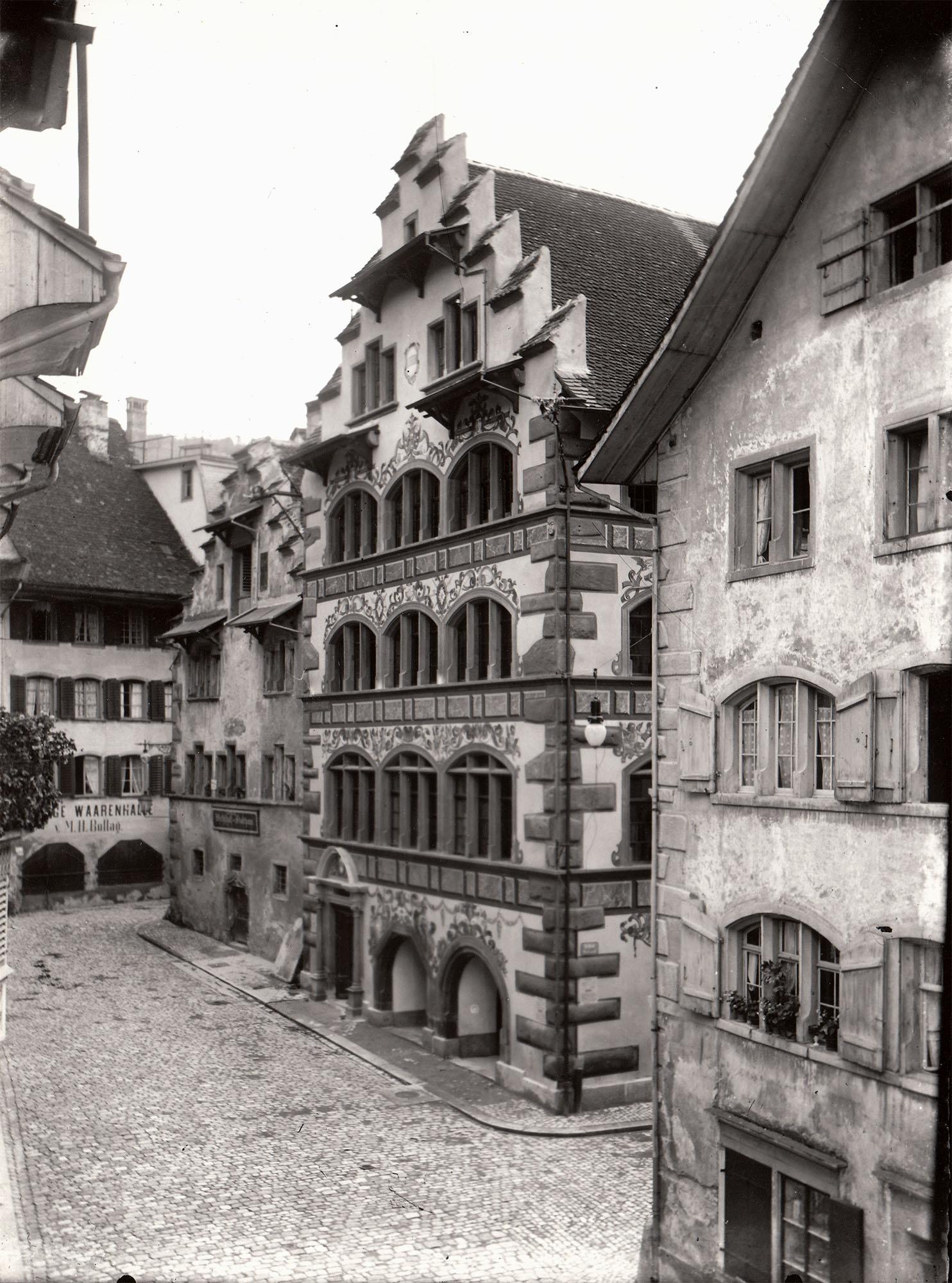 Fischmarkt Zug - Das Rathaus vor der Renovation von 1896