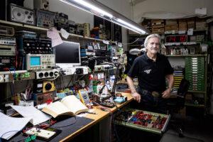 Joe Brändli im Electronic Center Zug